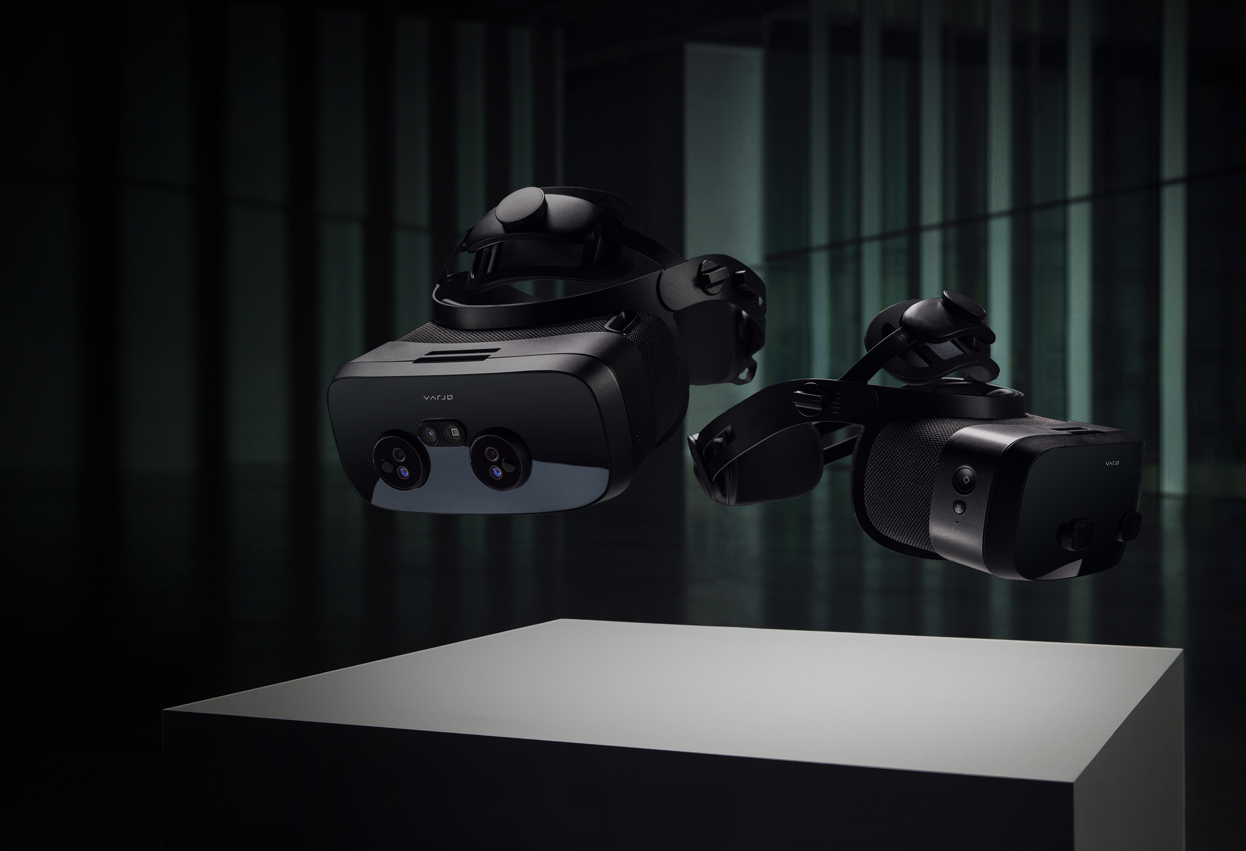 The world's most advanced augmented, virtual & mixed reality headsets for professionals